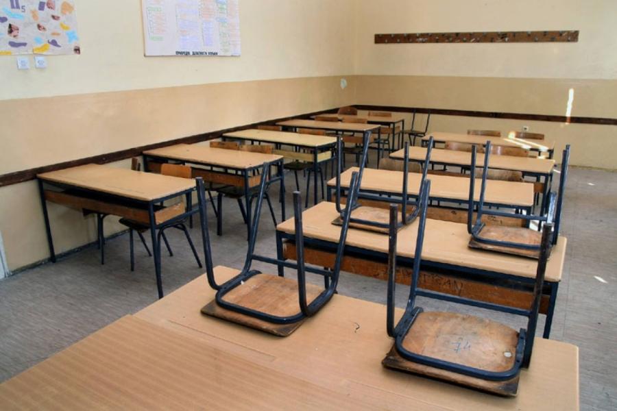 Mësuesit hyjnë në ditën e dytë të grevës
