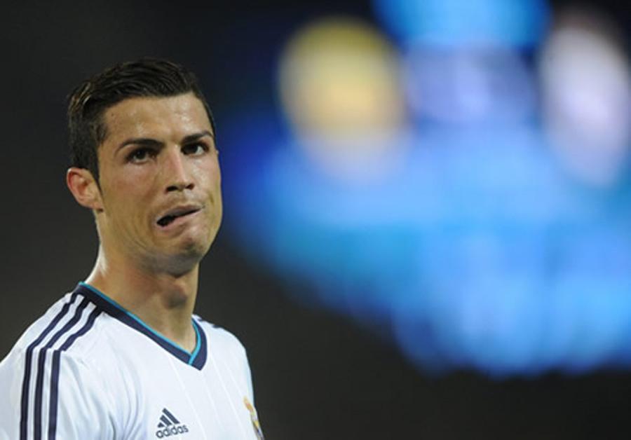 Cristiano Ronaldo dënohet me 2 vjet burg dhe 19 milionë euro
