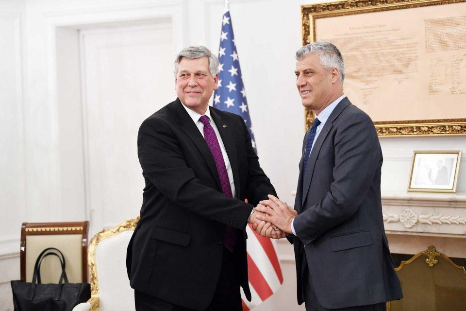 Thaçi në takim me ambasadorin amerikan Philip Kosnett