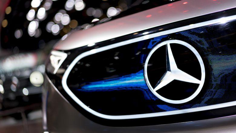 Tërhiqen nga qarkullimi dhjetëra mijëra Mercedez-Benz