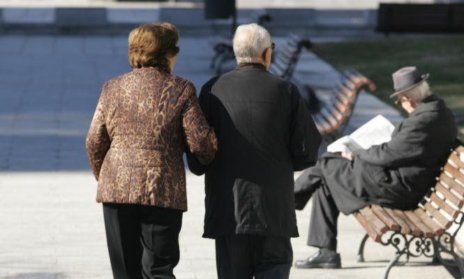 Shqipëria po pakësohet dhe po plaket