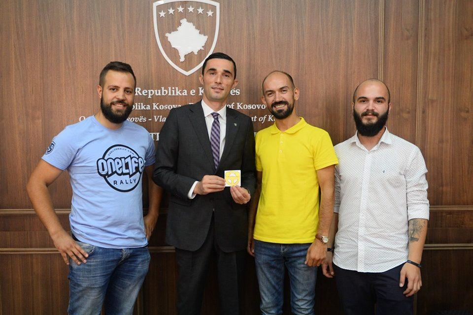 Mblidhen maraklitë e kerreve, MTI ua jep në shfrytëzim Qendrën e Panaireve në Bërnicë