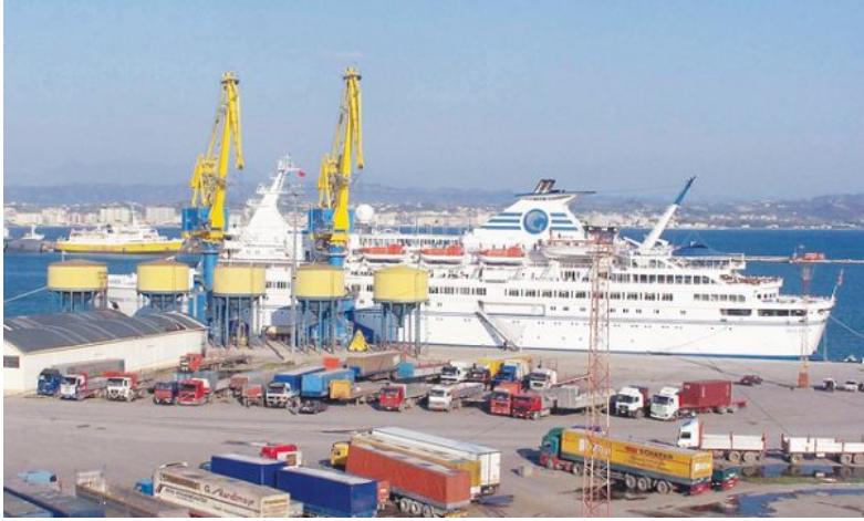 Rriten shkëmbimet tregtare mes Shqipërisë dhe Kosovës përkundër taksës te Rruga e Kombit