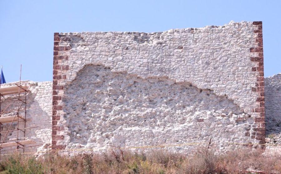 Lidhja e Historianëve reagon për dëmtimin e Kalasë së Novobërdës