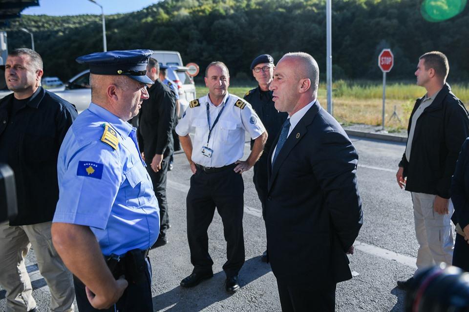 Haradinaj: 100% shtet për 100% mirëqenie të policëve e doganierëve