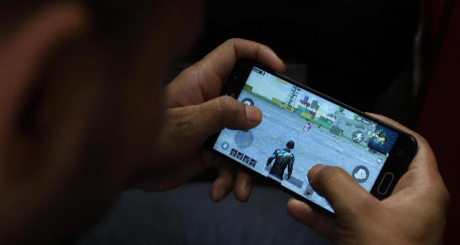 Shkaku i koronavirusit rriten shkarkimet e lojërave në telefon