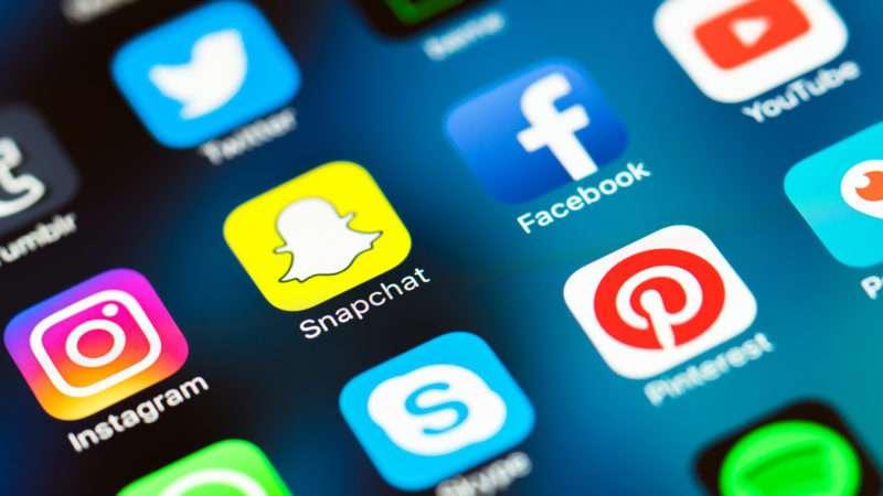 Tre gjëra në rrjete sociale që mund t'iu ndëshkojnë
