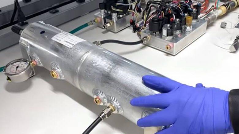 Tesla po punon për të bërë ventilatorë për pacientët me coronavirus, nga pjesët e veturave