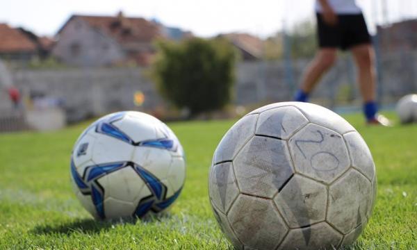 Koronavirusi lë pa paga shumë futbollistë në Kosovë