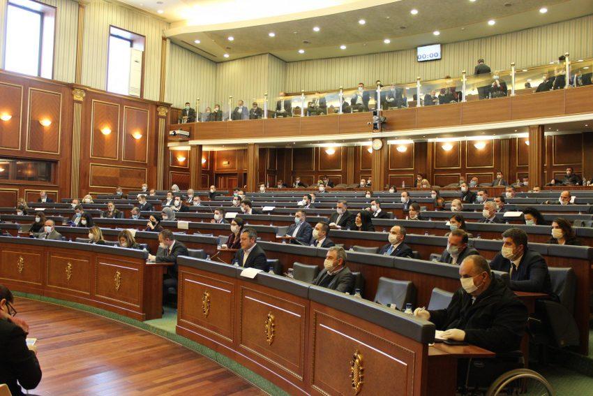 A do të jenë pjesë e seancës së nesërme deputetët e infektuar me koronavirus-Flasin nga Kuvendi i Kosovës