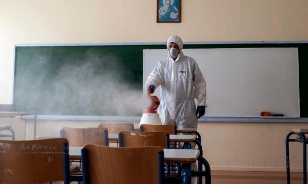 Mbyllen 14 shkolla, infektohen mbi 250 nxënës e mësimdhënës