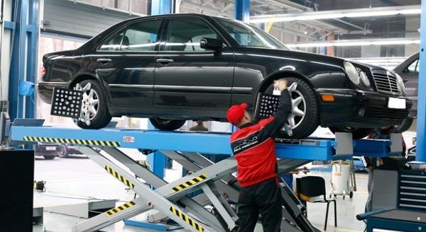 Mirëmbajtja e veturës, kur është koha të ndryshoni vajin e motorit, filtrat dhe rripin e saj?