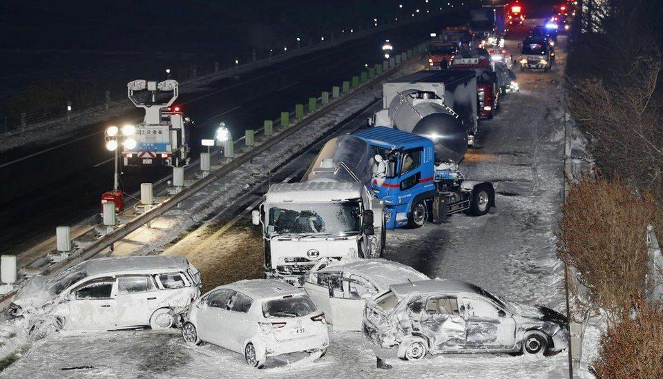 Përplasen 134 makina në autostradën japoneze