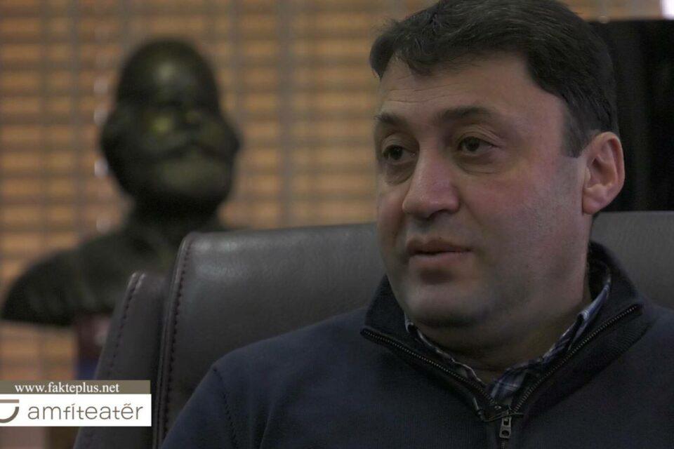 Ministri Likaj: Jemi kundër grevave dhe kërcënimeve, mësimi fillon më 18 janar