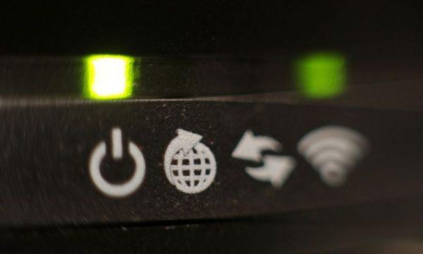 Kujdes: Disa modele të modemit Wi-Fi mund t'ju hakojnë të dhënat
