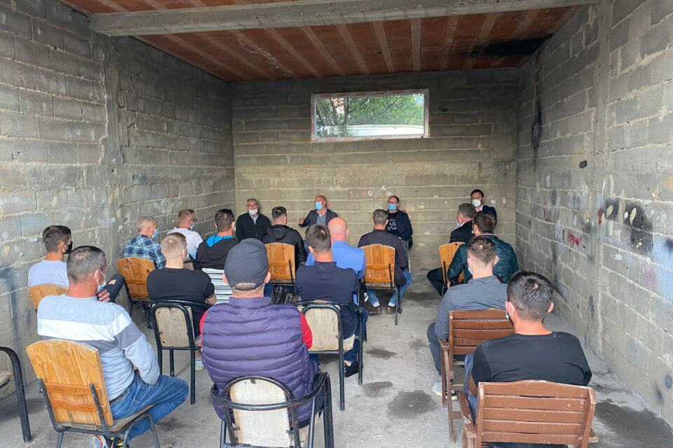 Nga Gjergjica dhe Negroci, Lladrovci premton projekte të reja investuese