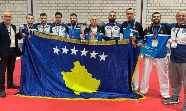 Kosova e zë vendin e tretë në Kampionatin Ballkanik të Karatesë